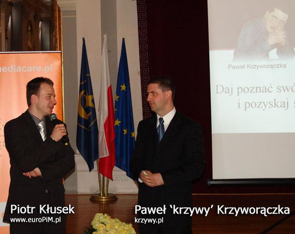 Piotr Kłusek i Paweł Krzyworączka przed prelekcją