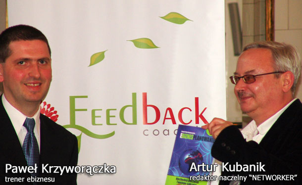 Krzywy i Artur Kubanik z książką