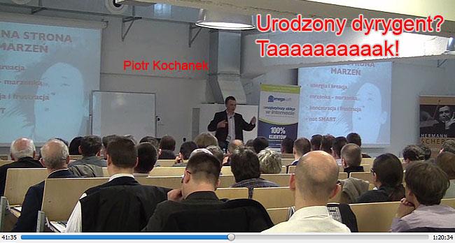 Piotr Kochanek podczas wykładu